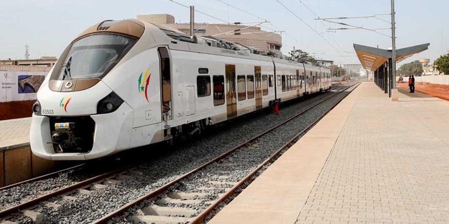The TER connects the Diamniadio Lake City (DLC) to Dakar. [Photo/Presidence.sn]
